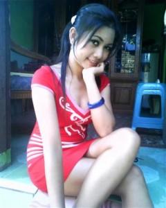 Indonesian Girl Maya (Small)