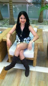 Abay a Filipino Girl (Small)