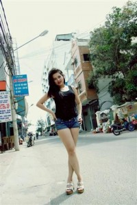 Vietnamsese Girls - Hong (Small)