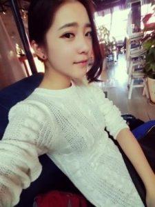 chinese-girl-lan-small