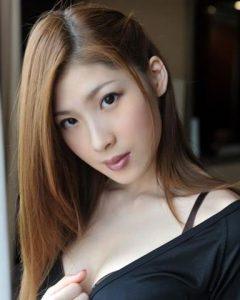 japanese-girl-ume-small